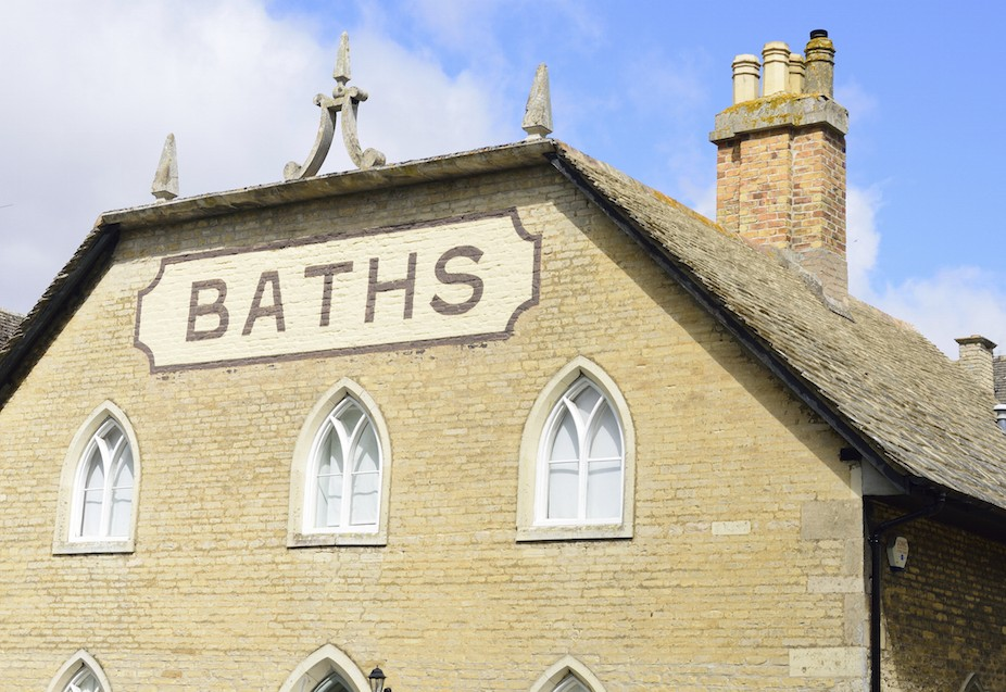 Public bath building england